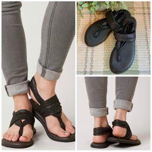 Sanuk Yoga Sling Sandals Flip Flops Rainbow Black